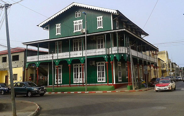 Casa-verde-malabo-magno-suites-2