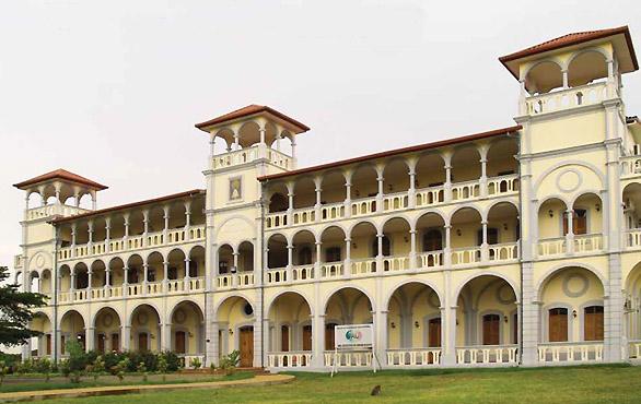 Seminario-Banapa-magno-suites
