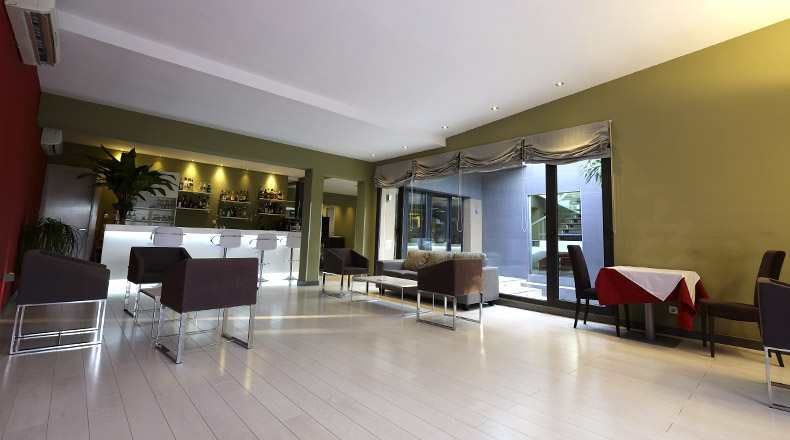 lounge-bar-magno-suites-3